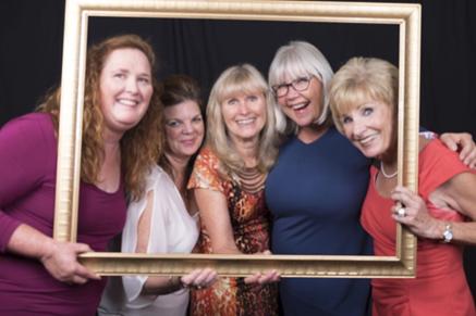women-in-frame